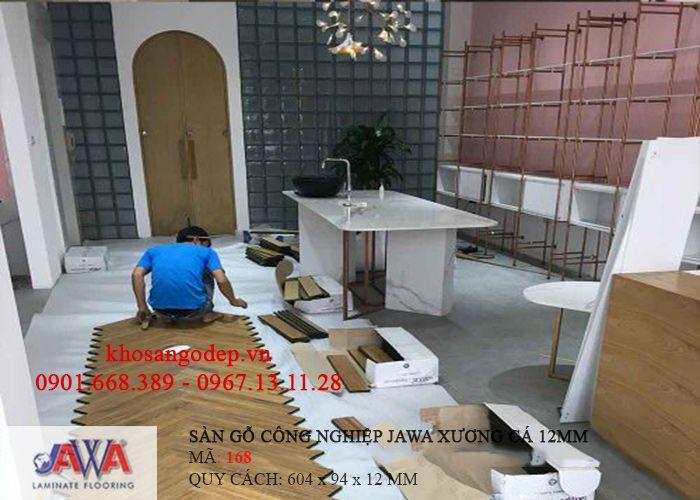 Thi công sàn gỗ Jawa xương cá 168
