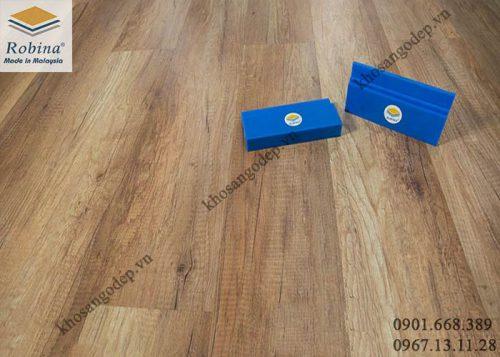 Sàn gỗ công nghiệp Robina 12mm O17