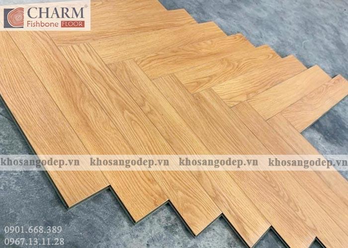 Thực tế sàn gỗ xương cá Charm C01