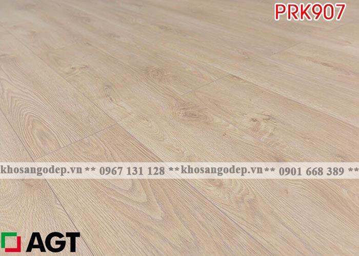 Sàn gỗ AGT 12mm màu vàng nhạt