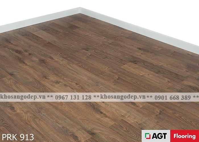 Sàn gỗ AGT 12mm màu nâu đỏ