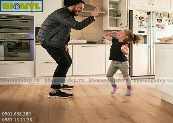 Sàn gỗ Binyl Pro mang lại sự hài lòng tuyệt đối cho mọi thành viên trong gia đình