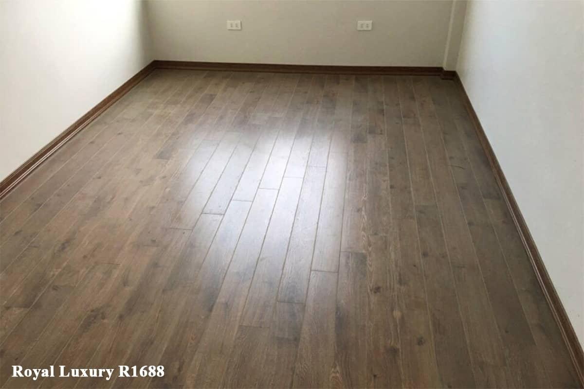 Sàn gỗ màu nâu