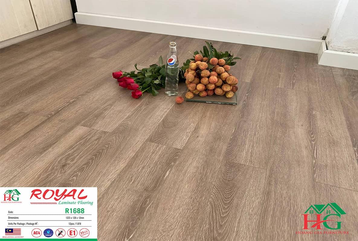 sàn gỗ màu nâu Royal