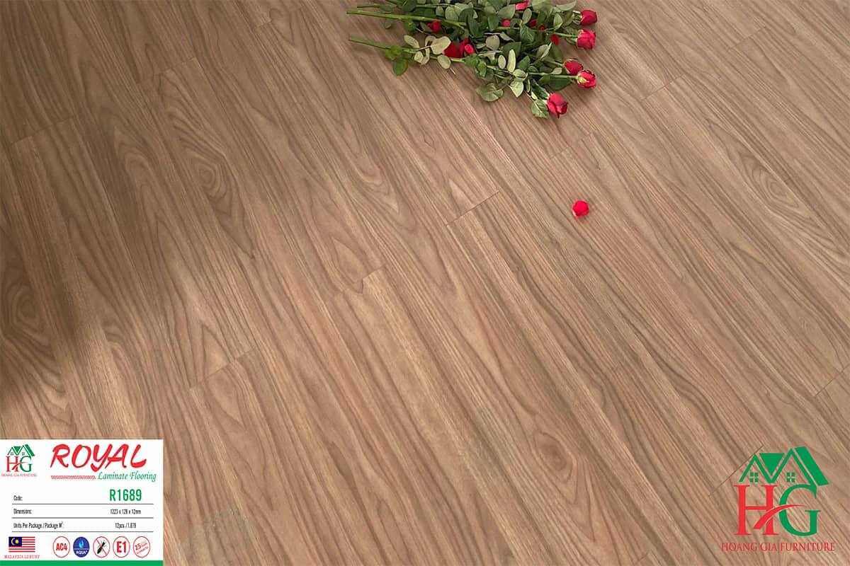 Sàn gỗ màu royal R1689