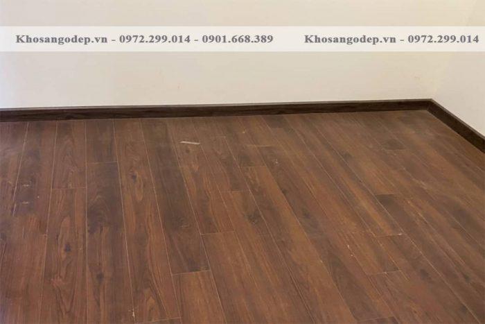 Sàn gỗ Savi 12mm SV8041