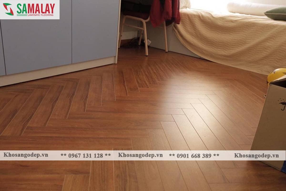 Thi công sàn gỗ xương cá Samalay FB83